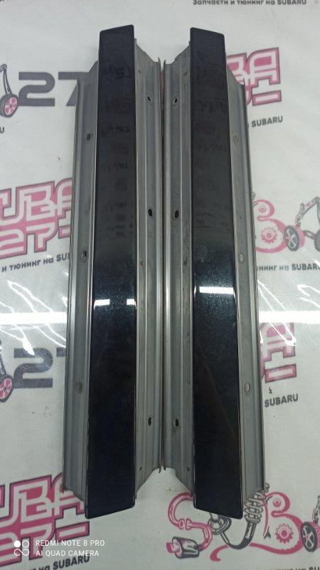 Накладки центральной стойки Subaru Outback BPE EZ30 2004 (б/у)