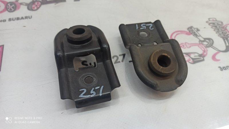 Крепление радиатора Subaru Outback BP9 EJ253 2005 (б/у)