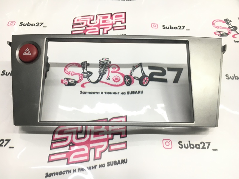 Рамка магнитолы Subaru Legacy BL5 EJ20Y 2007 (б/у)