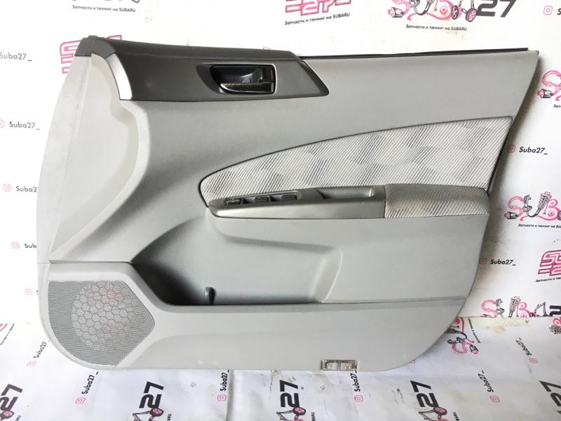 Обшивка двери Subaru Forester SH5 EJ205 2008 передняя правая (б/у)