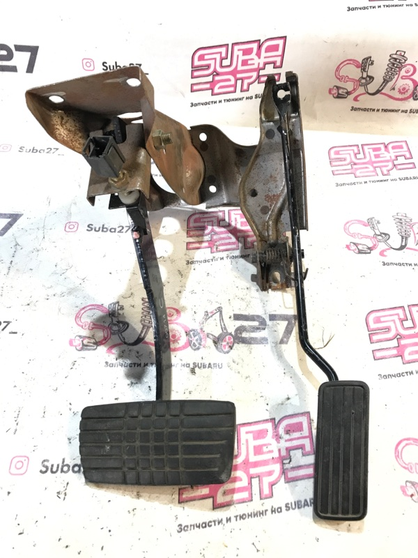 Педальный узел Subaru Forester SF5 2000 (б/у)