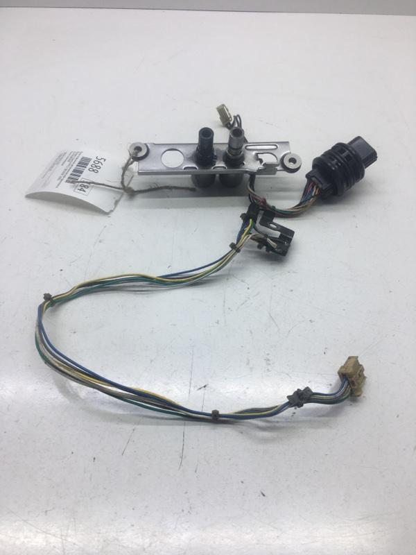 Блок клапанов автоматической трансмиссии Nissan Liberty PM12 QR20DE 2002 (б/у)