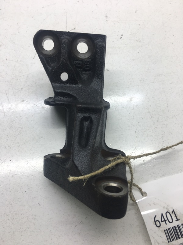 Кронштейн опоры двигателя Toyota Carina AT191 7AFE (б/у)