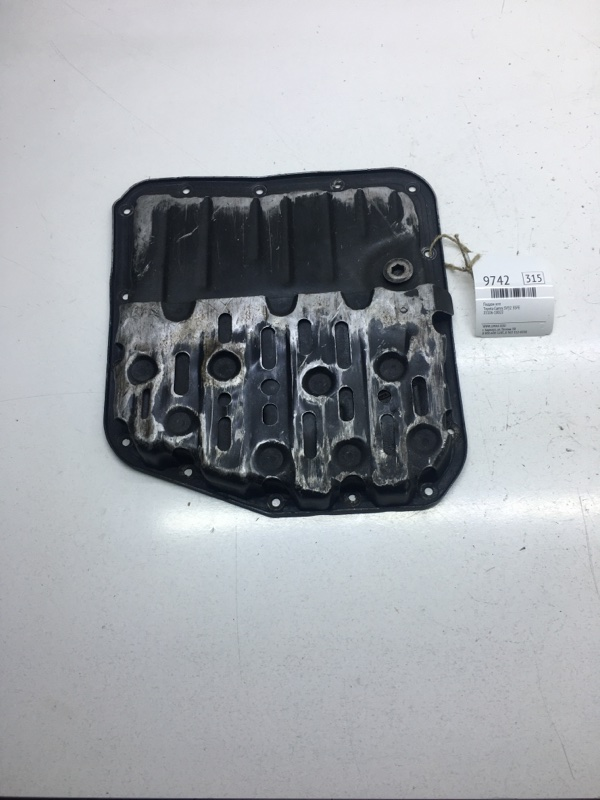 Поддон кпп Toyota Camry SV32 3SFE (б/у)