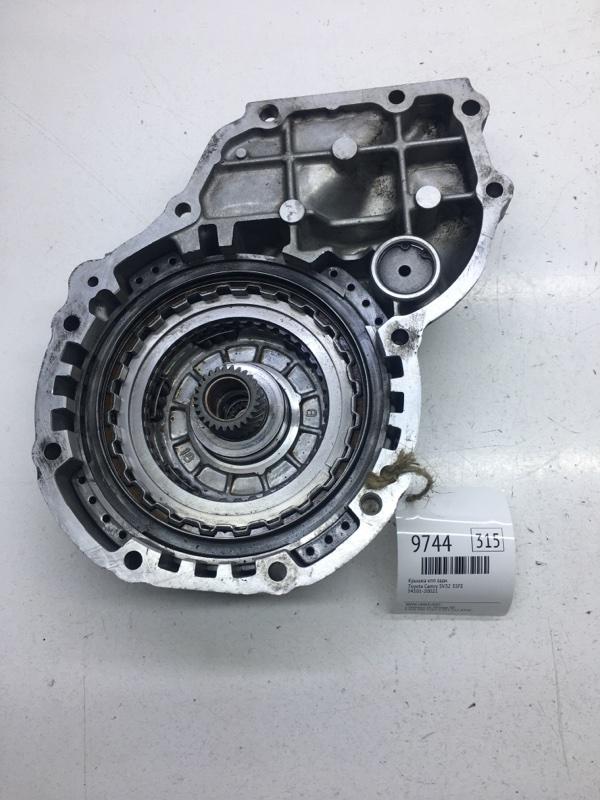 Крышка кпп Toyota Camry SV32 3SFE задняя (б/у)