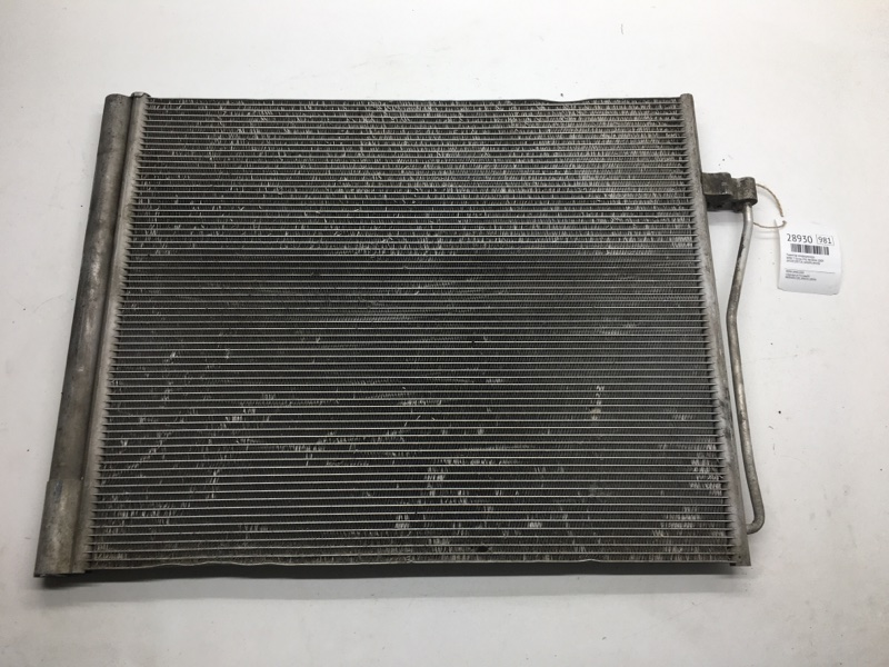 Радиатор кондиционера Bmw 7-Series F02 N63B44 2010 (б/у)