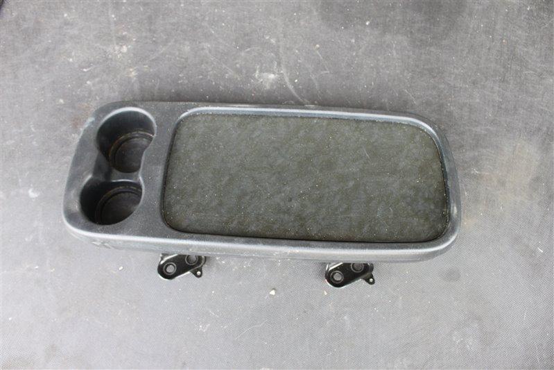 Столик Toyota Ipsum ACM26 2AZ-FE (б/у)