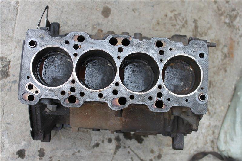Блок двигателя Mitsubishi Delica PD4W 4G64 (б/у)