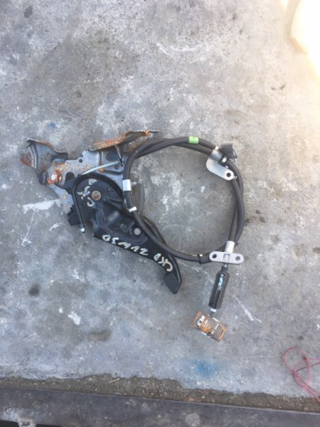 Педаль ручника Toyota Prius ZVW30 2ZR-FXE (б/у)