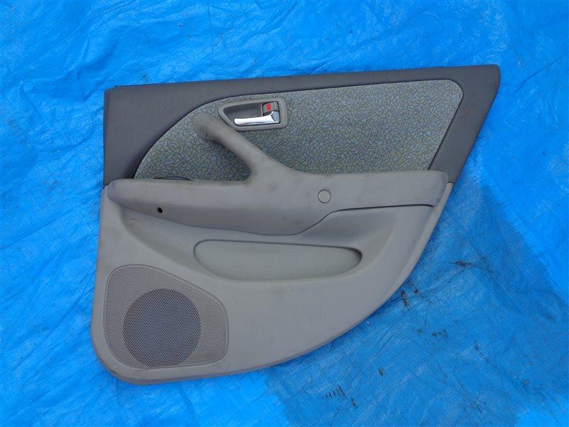 Обшивка дверей Toyota Mark 2 Qualis SXV20 5S-FE задняя правая (б/у)
