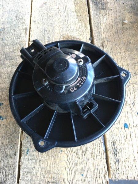 Мотор печки Mitsubishi Delica PF8W 4M40 (б/у)