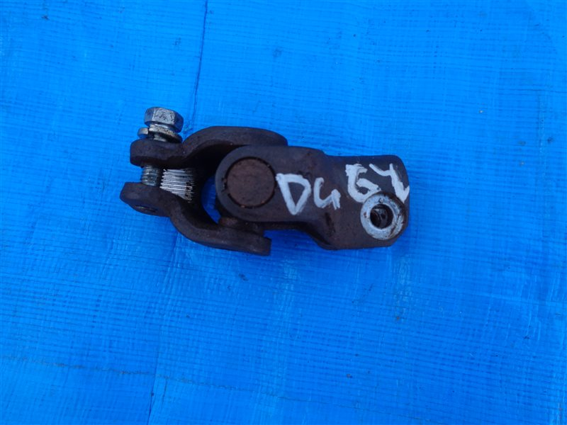 Рулевой карданчик Mazda Scrum DG64V (б/у)