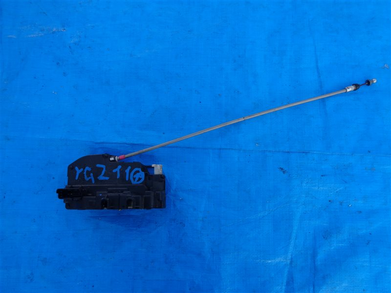 Замок двери Nissan Cube YGZ11 HR15DE задний (б/у)