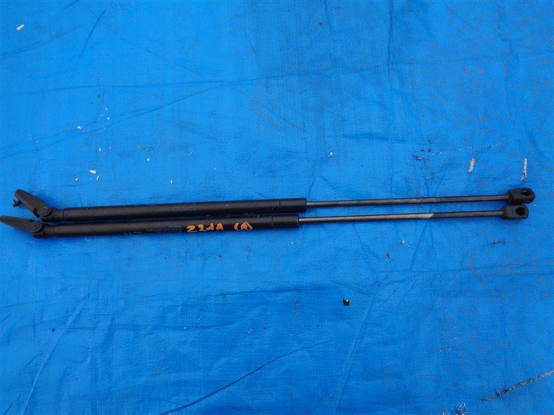 Амортизатор задней двери Mitsubishi Colt Z21A 4A90 (б/у)