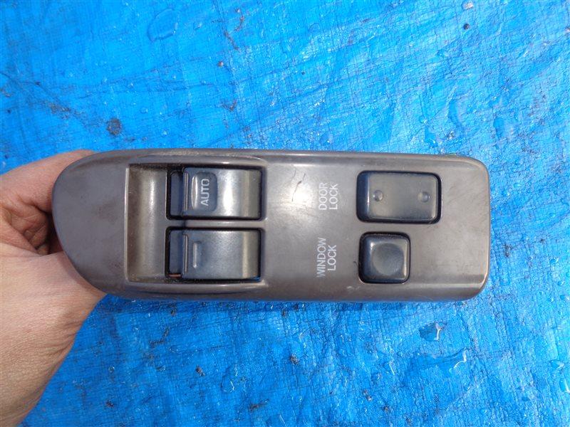 Блок управления стеклоподъемниками Toyota Hiace KZH106 1KZ передний правый (б/у)