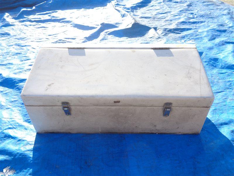 Ящик под инструменты (б/у)