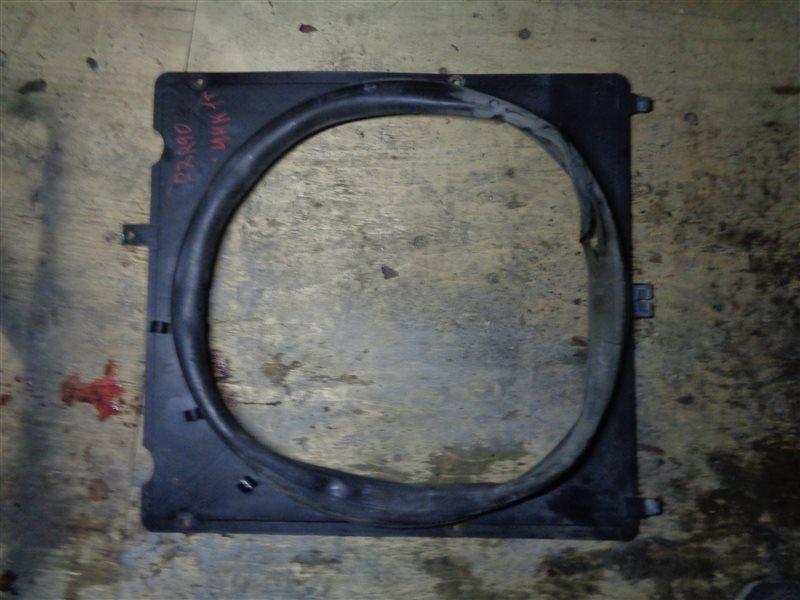 Диффузор радиатора Isuzu Forward FRR90 4HK1T (б/у)