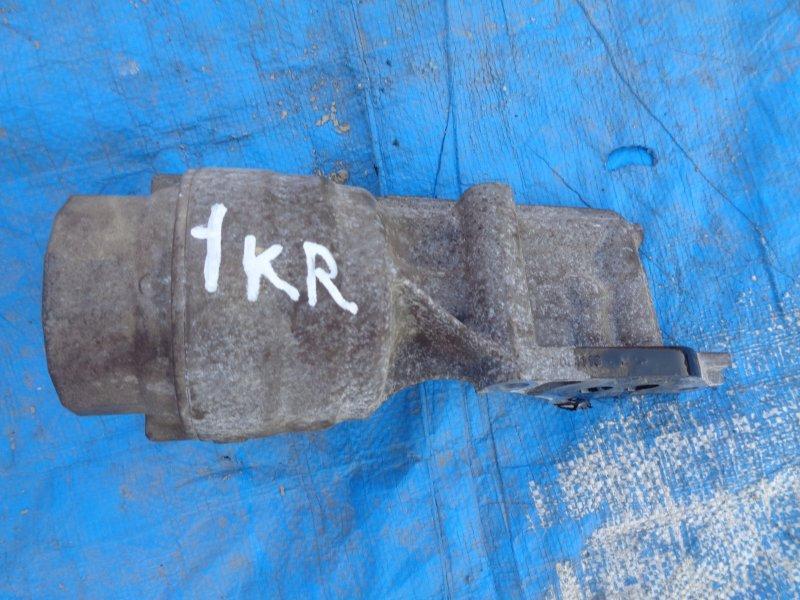 Корпус масляного фильтра Toyota Passo KGC10 1KR (б/у)