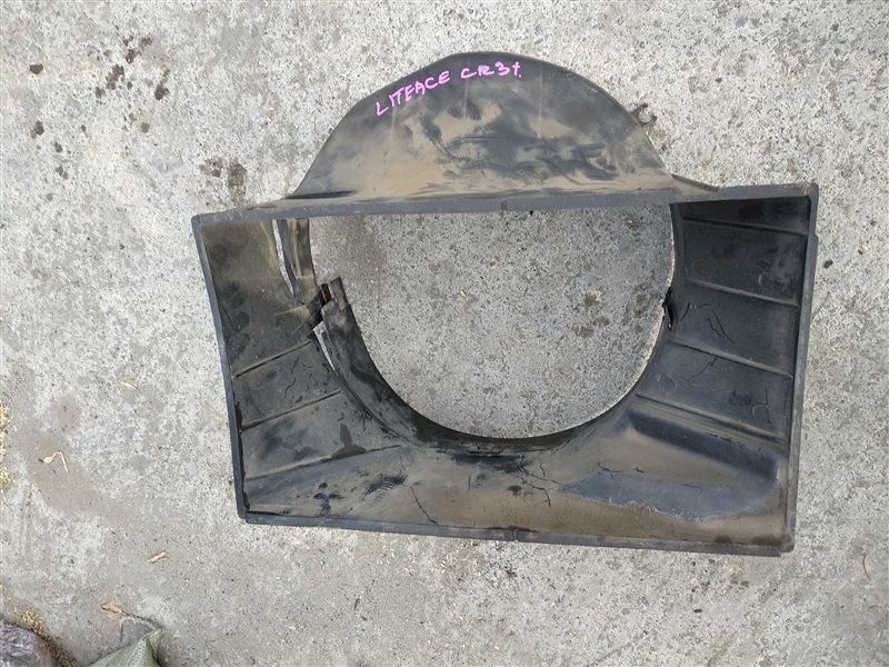Диффузор радиатора Toyota Lite Ace CR31 3C-T (б/у)