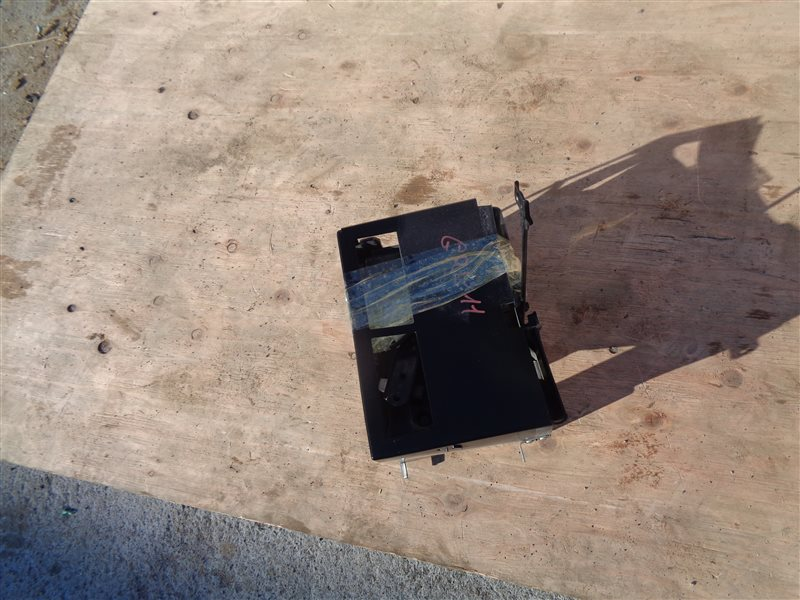 Крепление аккумулятора Lexus Gs250 GRL11 4GR-FSE 09.2012 (б/у)