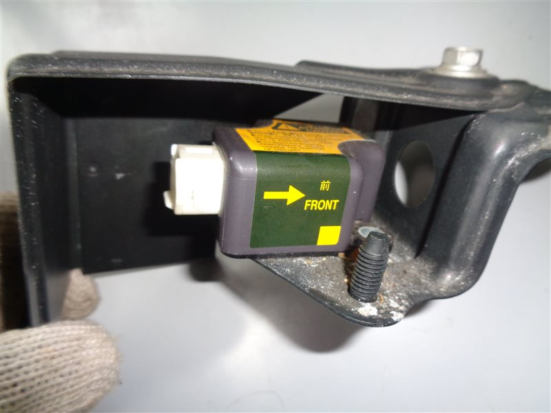 Датчик замедления Toyota Corolla NZE124 1NZFE (б/у)