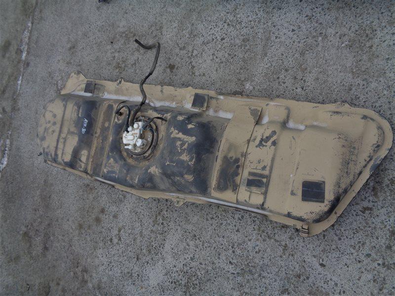 Бензобак Toyota Vellfire AYH30 2AR-FXE 2015 (б/у)