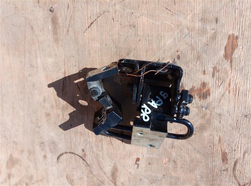 Петля дверная Porsche Cayenne 957 M48.51 11.09.2008 задняя правая (б/у)