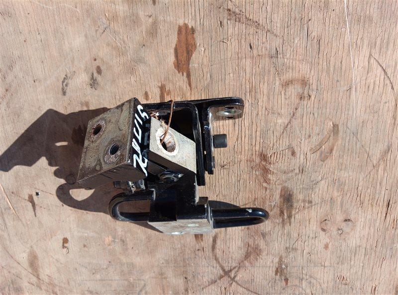 Петля дверная Porsche Cayenne 957 M48.51 11.09.2008 задняя левая (б/у)