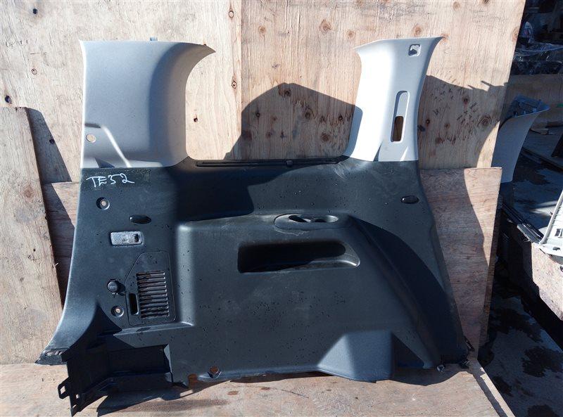 Обшивка багажника Nissan Elgrand TE52 QR25DE 05.2019 задняя левая (б/у)