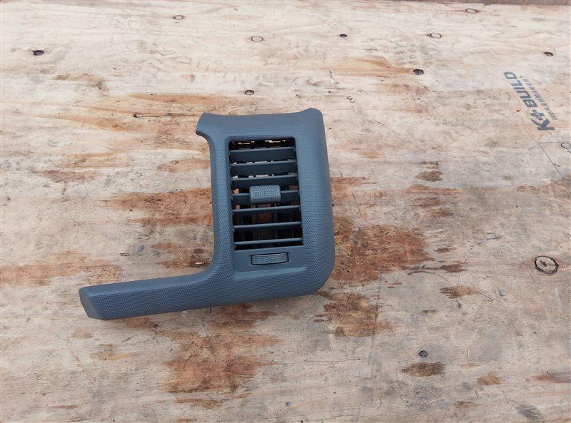 Воздуховод Toyota Hiace KDH205 2KD-FTV 08.2007 передний правый (б/у)