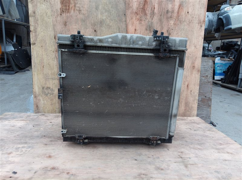 Радиатор основной Toyota Hiace KDH205 2KD-FTV 08.2007 (б/у)