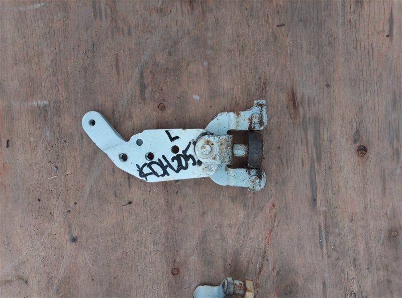 Ролик раздвижной двери Toyota Hiace KDH205 2KD-FTV 08.2007 задний левый нижний (б/у)