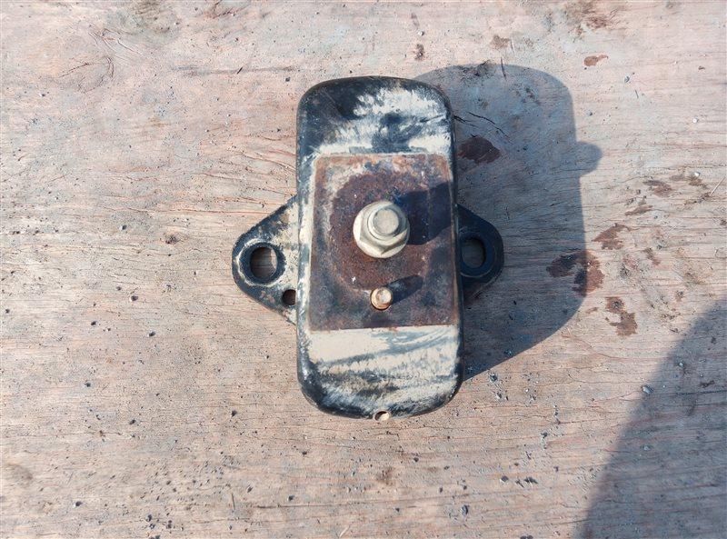 Подушка двигателя Toyota Hiace KDH205 2KD-FTV 08.2007 правая (б/у)