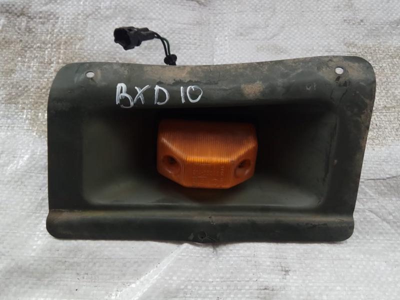 Повторитель в крыло Toyota Mega Cruiser BXD10 15B-FTE передний левый (б/у)