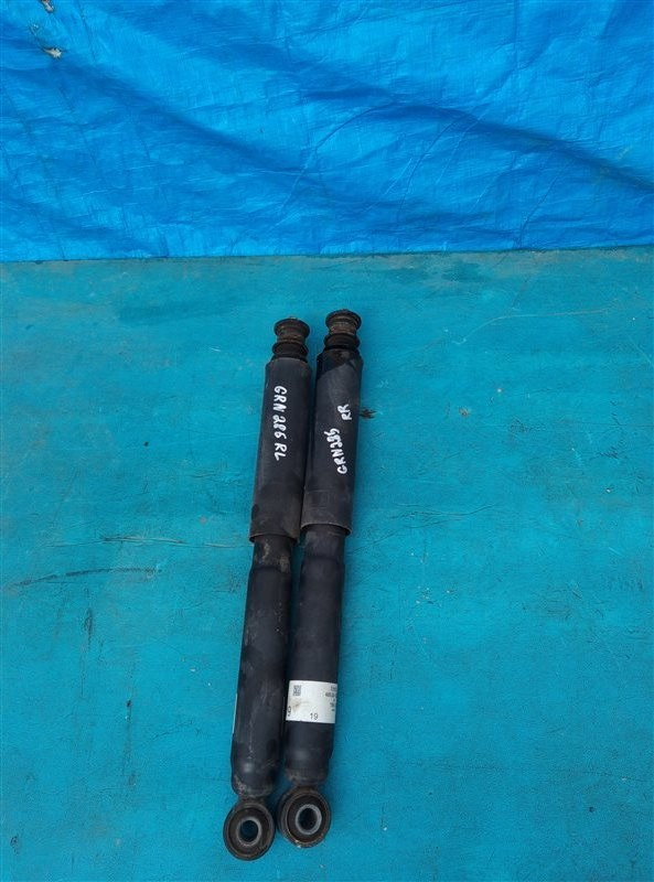 Амортизатор Toyota 4Runner GRN285 1GR-FE 08.2012 задний (б/у)
