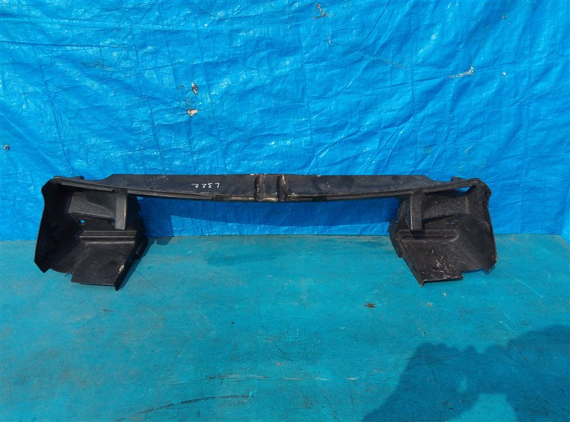 Воздуховод радиатора Land Rover Range Rover L322 448PN 11.2007 нижний (б/у)
