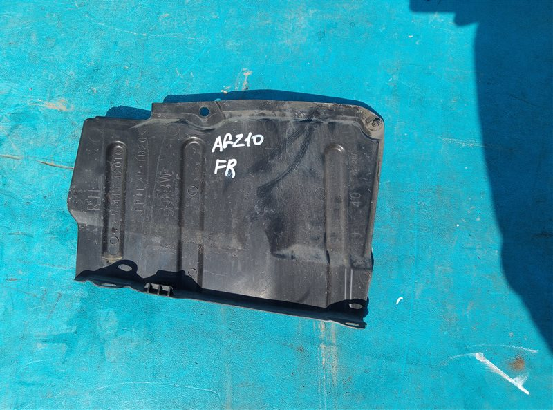 Защита двигателя Lexus Nx200T AGZ10 8AR-FTS W043878 03.2015 правая (б/у)