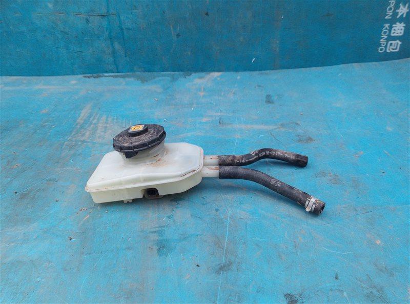 Бачок для тормозной жидкости Honda Vezel RU3 LEB 2014 (б/у)