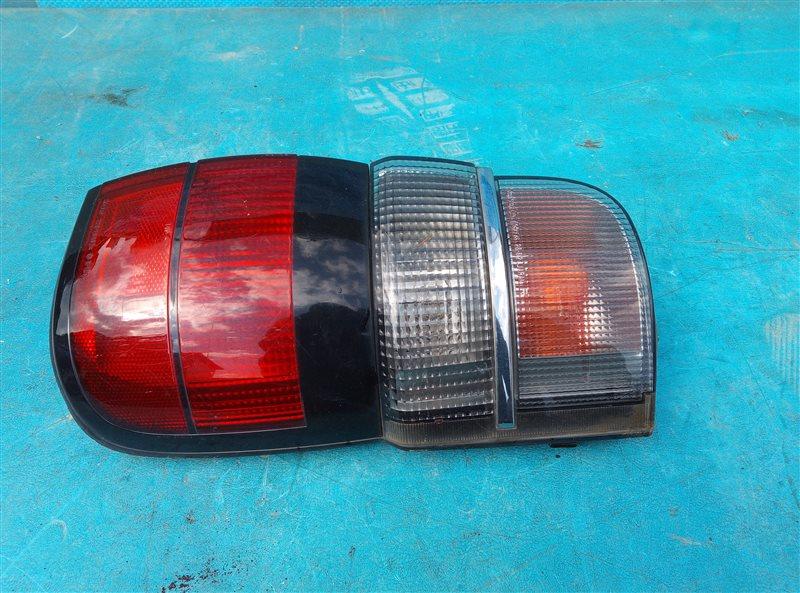 Стоп-сигнал Toyota Hiace KZH106 1KZ-TE задний правый (б/у)