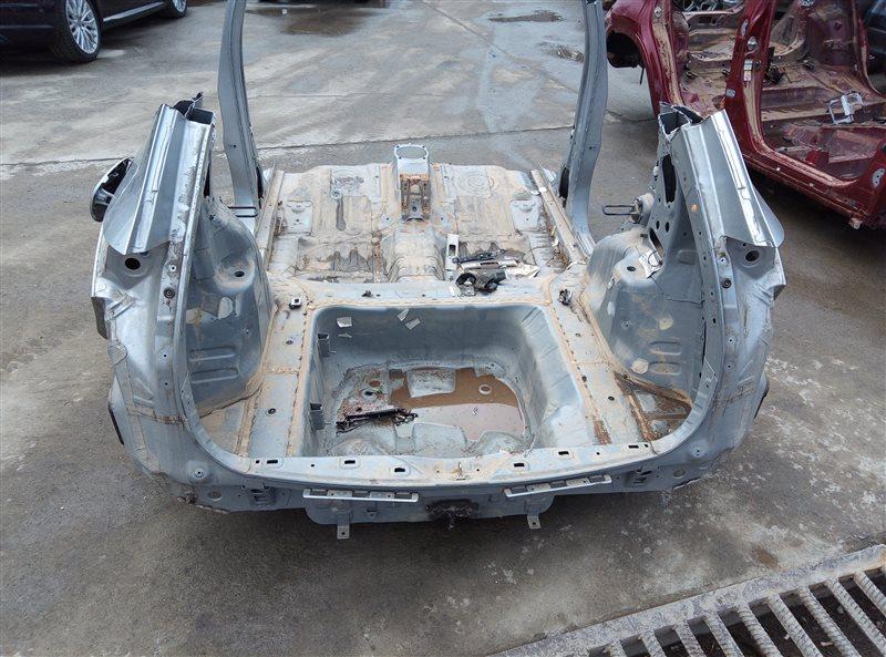 Тазик железный Honda Vezel RU1 L15B 2015 (б/у)