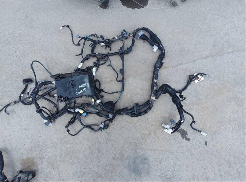 Коса под капот Lexus Ct200H ZWA10 2ZRFXE 04.2014 (б/у)