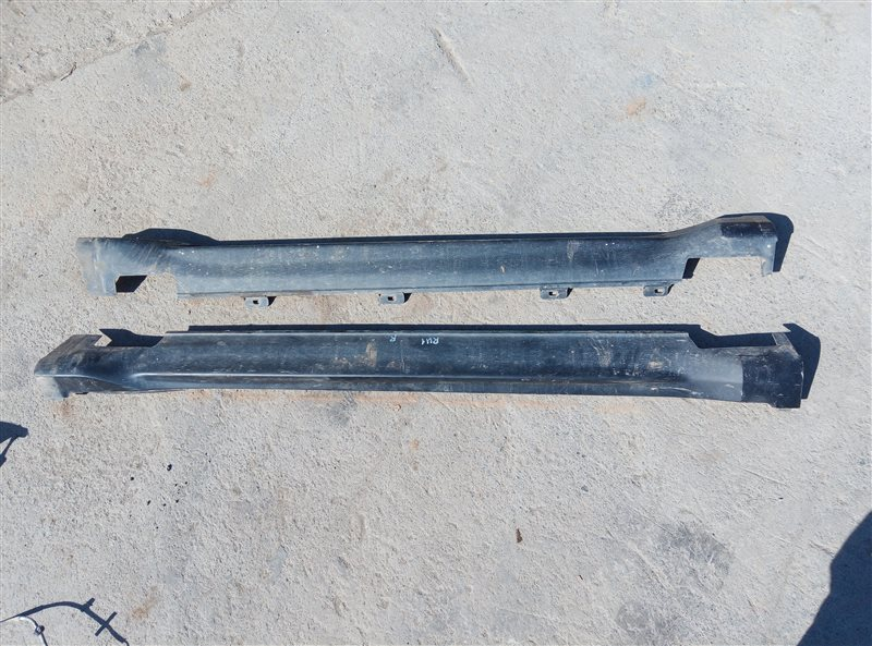 Порог Honda Vezel RU1 L15B 2014 (б/у)