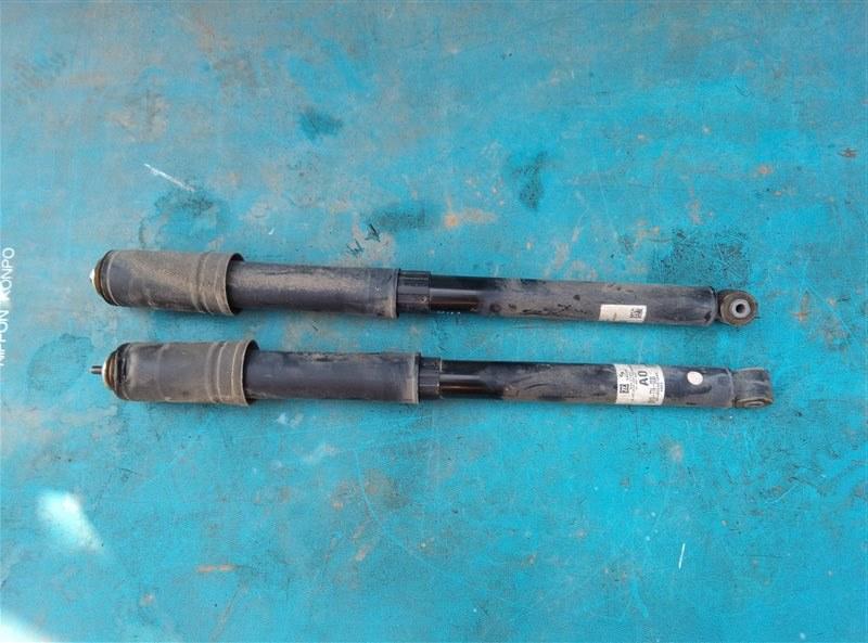 Амортизатор Honda Vezel RU1 L15B 2014 задний (б/у)