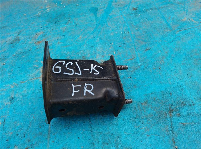 Крепление жесткости бампера Toyota Fj Cruiser GSJ15 1GR-FE 07.2011 переднее правое (б/у)