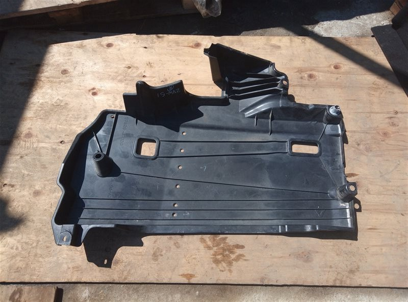 Защита Toyota Prius ZVW51 2ZR-FXE 06.2019 задняя левая нижняя (б/у)