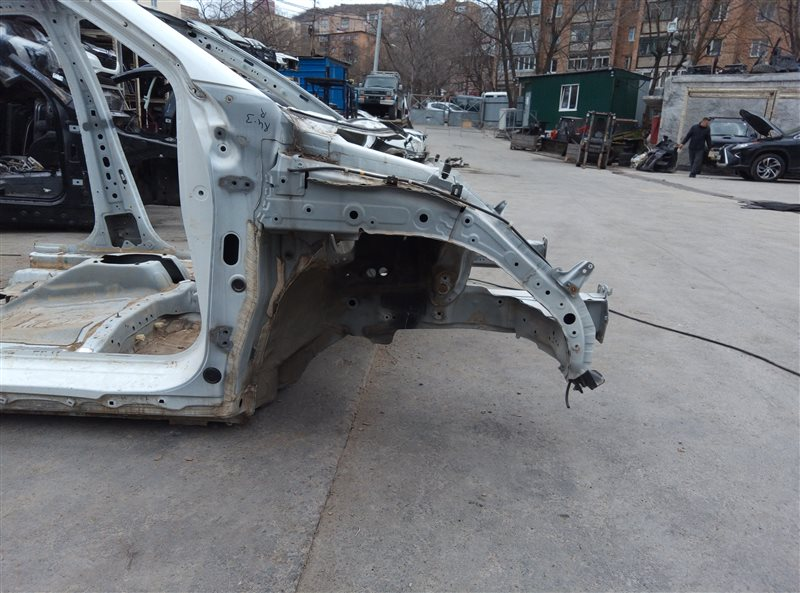 Лонжерон Honda Vezel RU3 LEB 2014 передний правый (б/у)
