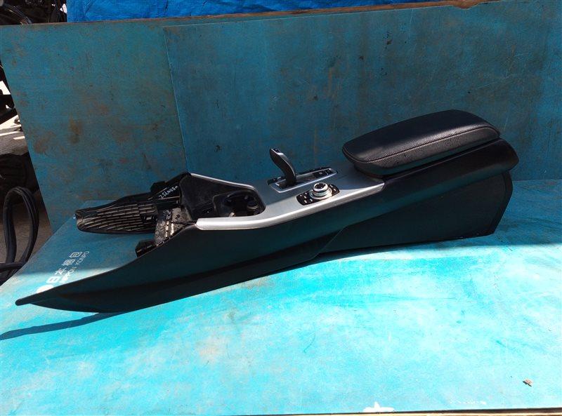Бардачок между сиденьями Bmw X3 F25 N47D20 09.2013 (б/у)