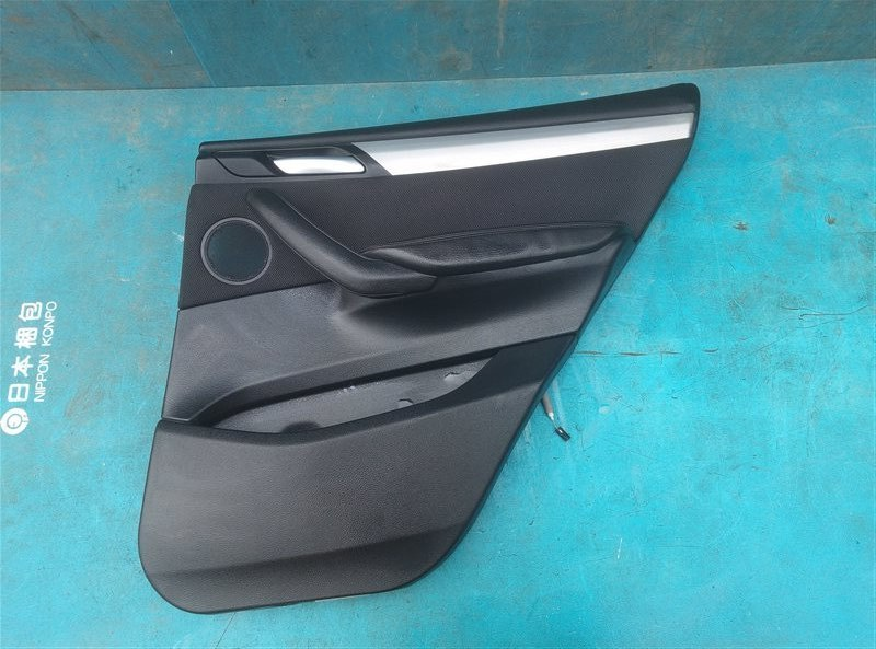 Обшивка дверей Bmw X3 F25 N47D20 09.2013 задняя правая (б/у)