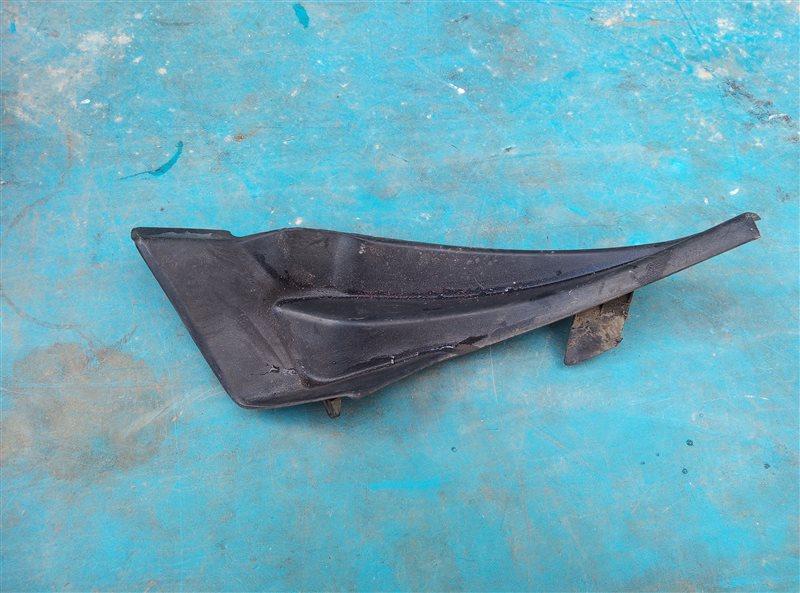 Уголок решетки под дворники Nissan X-Trail DNT31 M9R 08.2010 передний правый (б/у)