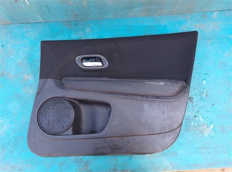 Обшивка дверей Honda Vezel RU1 L15B 2014 передняя правая (б/у)